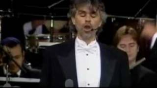 Bocelli at the pyramids, Marechiare