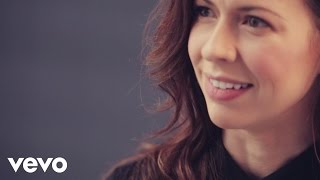 Joy Williams - In Conversation: To Be a Woman