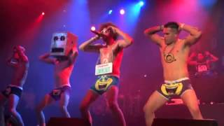 LMFAO - Sexy And I Know It LIVE