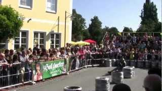 preview picture of video 'Bierkistenrennen Hohenthann2012 teil 1/10'