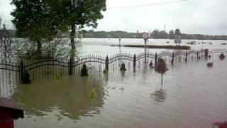 preview picture of video 'Krapkowice 2010 Powódź'