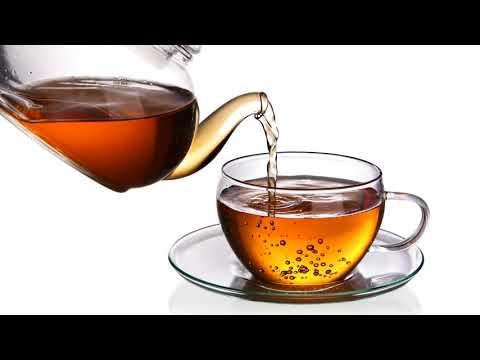 Как поливать домашние растения чайной заваркой?