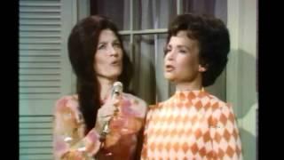 """Loretta Lynn -  """"If I Could Hear My Mother Pray Again"""""""
