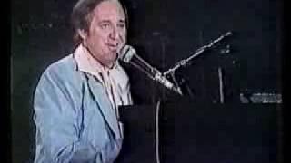 Laughter In The Rain - NEIL SEDAKA Live in Los Angeles