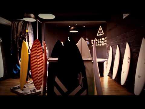 UWL BOARDROOM – surfboards & workshop