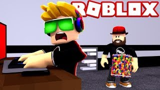 WE CAN TRADE NOW, BUT BE CAREFUL OF THE BEAST!!! ROBLOX FLEE THE FACILITY | RUN, HIDE, ESCAPE!