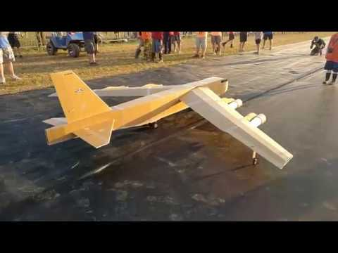 foamboard-monster-b52--build-amp-flight-at-flite-fest-2019