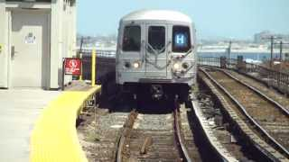 preview picture of video 'IND Far Rockaway Line: R46 H Train at B 60th St-Straiton Ave (Weekday)'