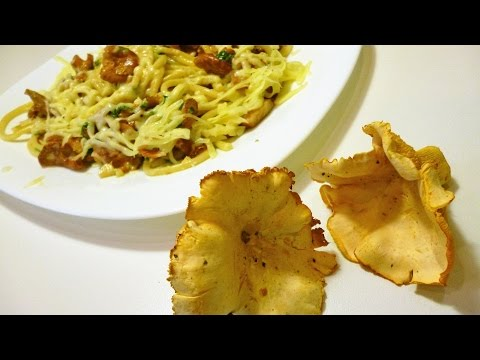 Спагетти с лисичками.Итальянская кухня.