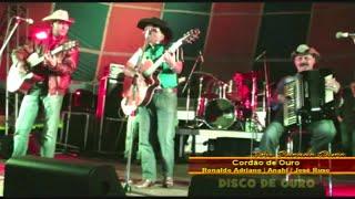 Trio Parada Dura - Castelo De Amor (Ao Vivo)