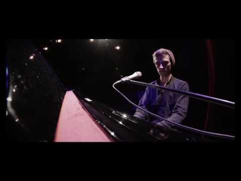 Jakob Heymann - Liedermacher & Musikkabarettist video preview