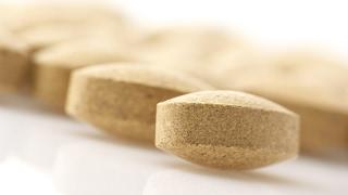 Nahrungsergänzung: Geschäfte mit Vitaminpillen