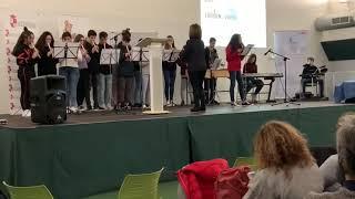 Actuación de alumnos de 3ºESO en las jornadas STEAM.