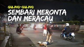 Wanita Diturunkan Paksa dari Mobil, Guling-guling Sembari Meronta dan Meracau di Jalan Pasar Minggu