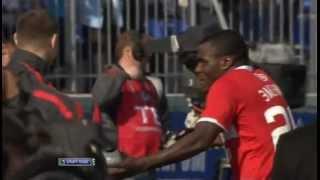 Жест Эменике после гола в ворота Зенита. 6 мая 2012