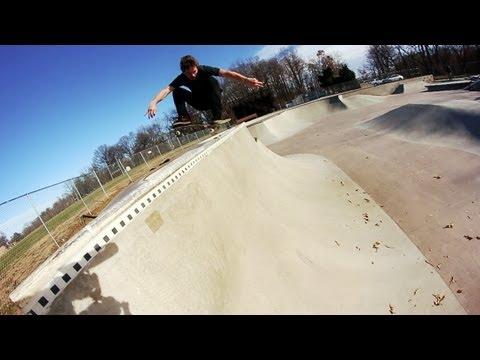 Ben Hatchell At Veterans Skatepark - Woodbridge, VA Skateboarding Tricks - Thunderwood