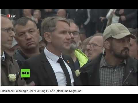 Versauter Russenteenie Liebt Gruppenspaß