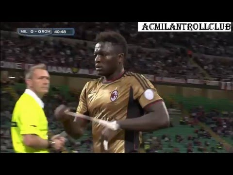 Sulley Muntari fight refere Ac Milan vs Roma (2013-2014) HD