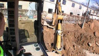 Working With Hydrema 906D Backhoe Loader: Cab View