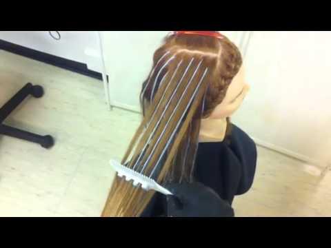 Das beschädigte Haar nach pokraski als zu behandeln