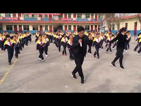 Chinese-Style Shuffle - The Most Amazing Dance in China's school students