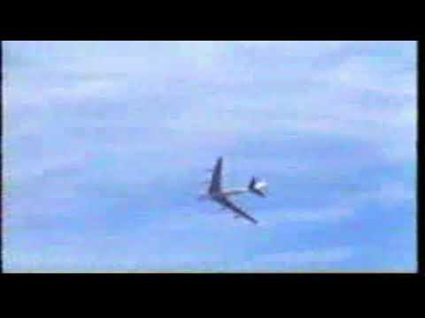 Boeing 707 Barrell Roll -WATCH THIS!!!