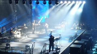 A-Ha - Hunting High and Low, live Manchester 25/03/16