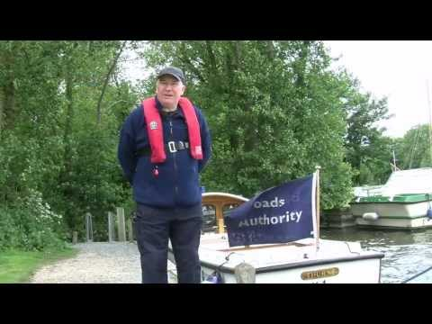 Mooring Made Easy – The Clove Hitch Knot