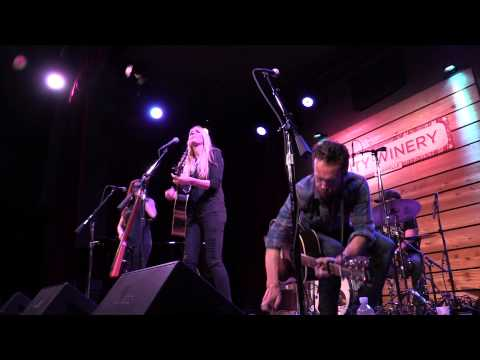 "Holly Williams, ""Angel from Montgomery"", LIVE"