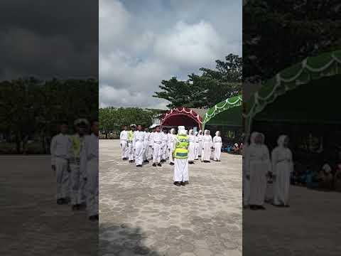 PKS SMP Negeri 4 Sampit Perdana tampil membuat Tangis haru hadirin  dalam acara Pisah sambut KepseK