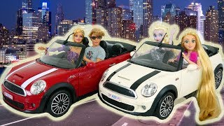 Gambar cover Barbie Car Ken Mini Cooper Convertible unboxing boneka barbie mobil Barbie boneca Carro