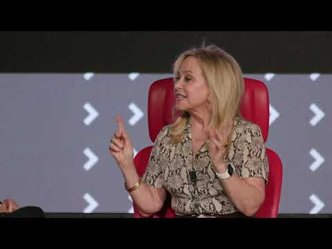 The RealReal CEO Julie Wainwright | Full interview | Code Commerce 2019