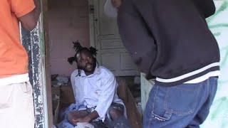 """""""Homeless man sangs *Started From Da Bottom* better than DRAKE himself!!"""""""