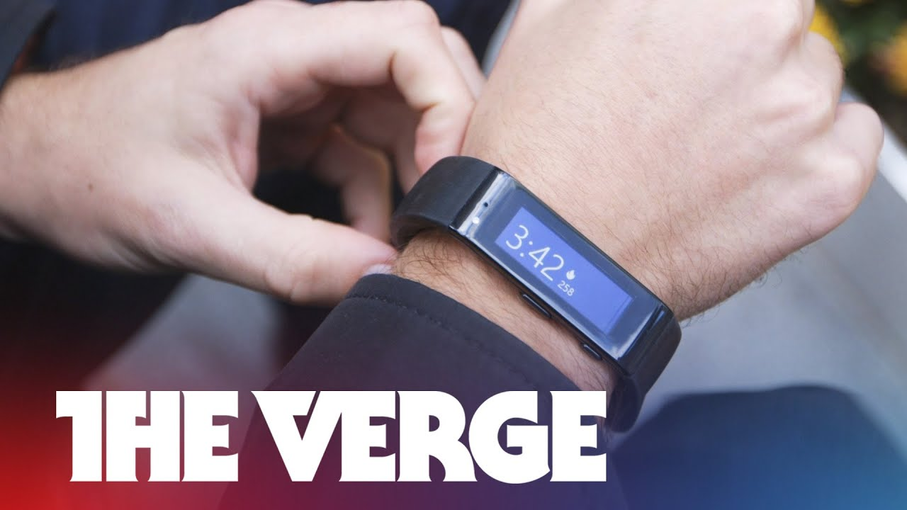Wearing the Microsoft Band, the next big thing in fitness tracking (hands-on) thumbnail