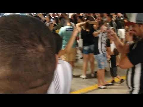 """SETOR ALVINEGRO FIM DE JOGO CEARÁ 4 X 1 CHAPECOENSE SÓ ALEGRIA!! DÁ-LHE DÁ-LHE ALVINEGRO"" Barra: Setor Alvinegro • Club: Ceará"