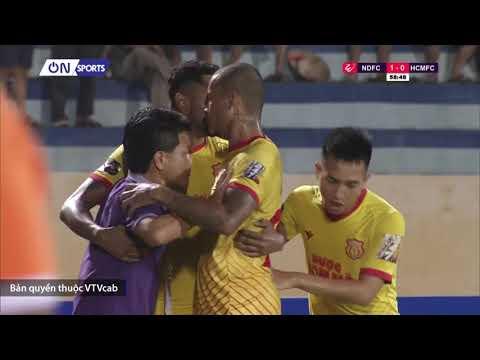 """Thiên Trường """"bùng nổ"""" khi DNH Nam Định có bàn thắng mở tỷ số trước TPHCM"""