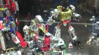 Hasbro Transformers Display Case Power of the Primes at Hascon 2017