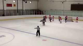 Смотреть онлайн Российская хоккеистка ударила соперницу