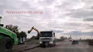 На киевской трассе ремонтные работы: движение затруднено, большие пробки (видео)