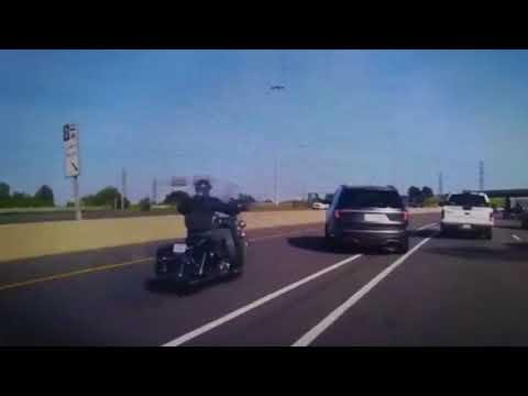 В Канаде погибла мотоциклистка из-за водителя автомобиля SUV