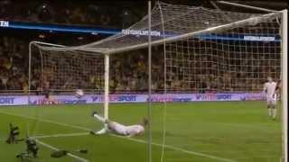 Смотреть онлайн Самый красивый гол Ибрагимовича в ворота Англии