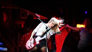 Taylor Swift - RED (DVD The RED Tour Live)