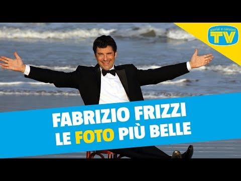 Fabrizio Frizzi: le foto da bambino, la carriera, le donne della sua vita