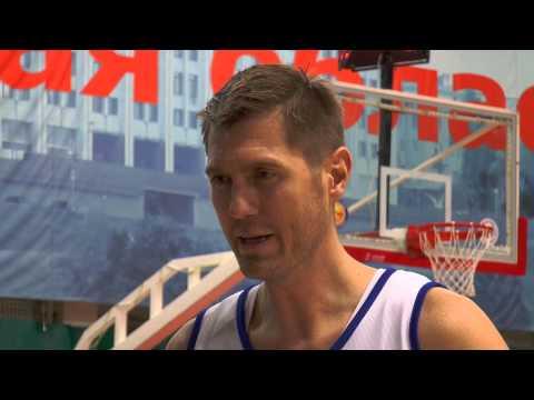 Звезды российского баскетбола провели мастер-класс для юных игроков в Самаре