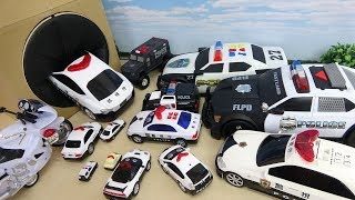 Various Size of Police Car Run Into the Takilong's Box Car Toy For Kids