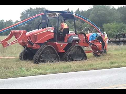 TREN8 2012 Ditch Witch RT115 Quad Track Cable Plow - 82 hours!! For