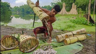 Fishing - Unique Fish Trapping Pipe By Banana Trunk & Thorns - New Way Of Catching Country Fish