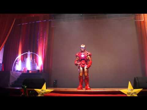 High School Principal Arrives At Graduation Dressed As Iron Man