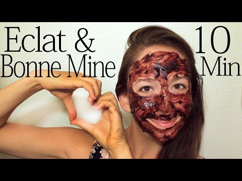 Les cosmétiques pour la peau huileuse de la personne