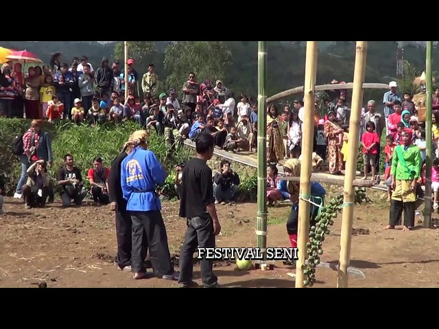 Festival-budaya-tradisional-saung-ciburial